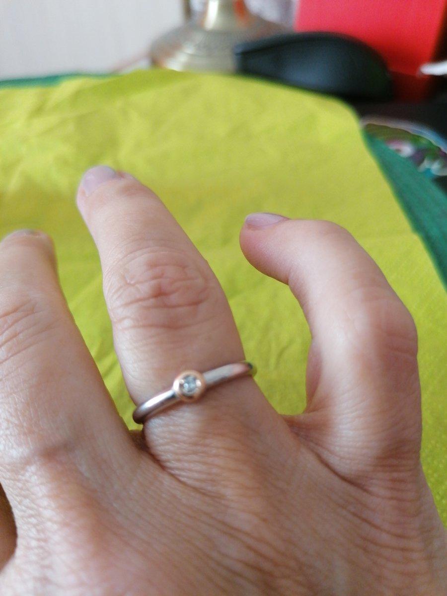 Серебро, золото, бриллианты в одном кольце