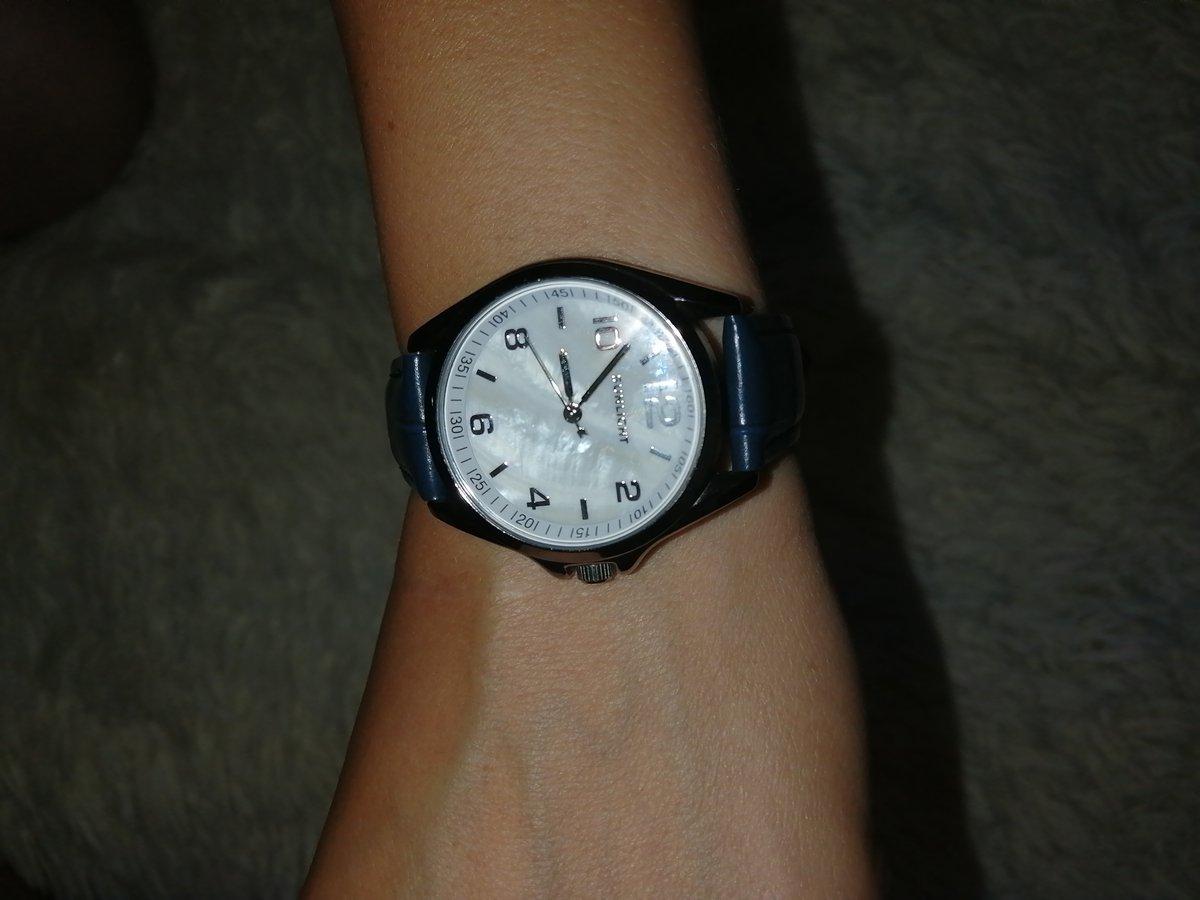 Сережки и часы