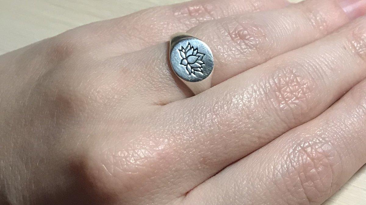 Кольцо-печатка с лотосом