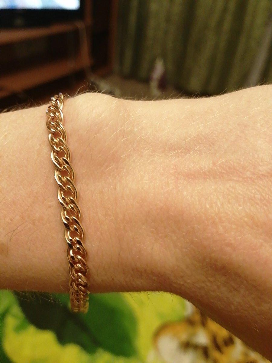 Купила сегодня себе браслет, очень  понравилось обслуживание продавца насти