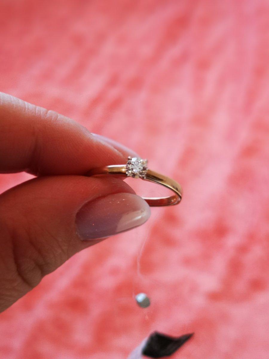 Мужчины, подарите своей даме сердца такое кольцо и она будет счастлива.