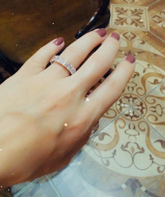 Шикарное кольцо на выход для модных девушек