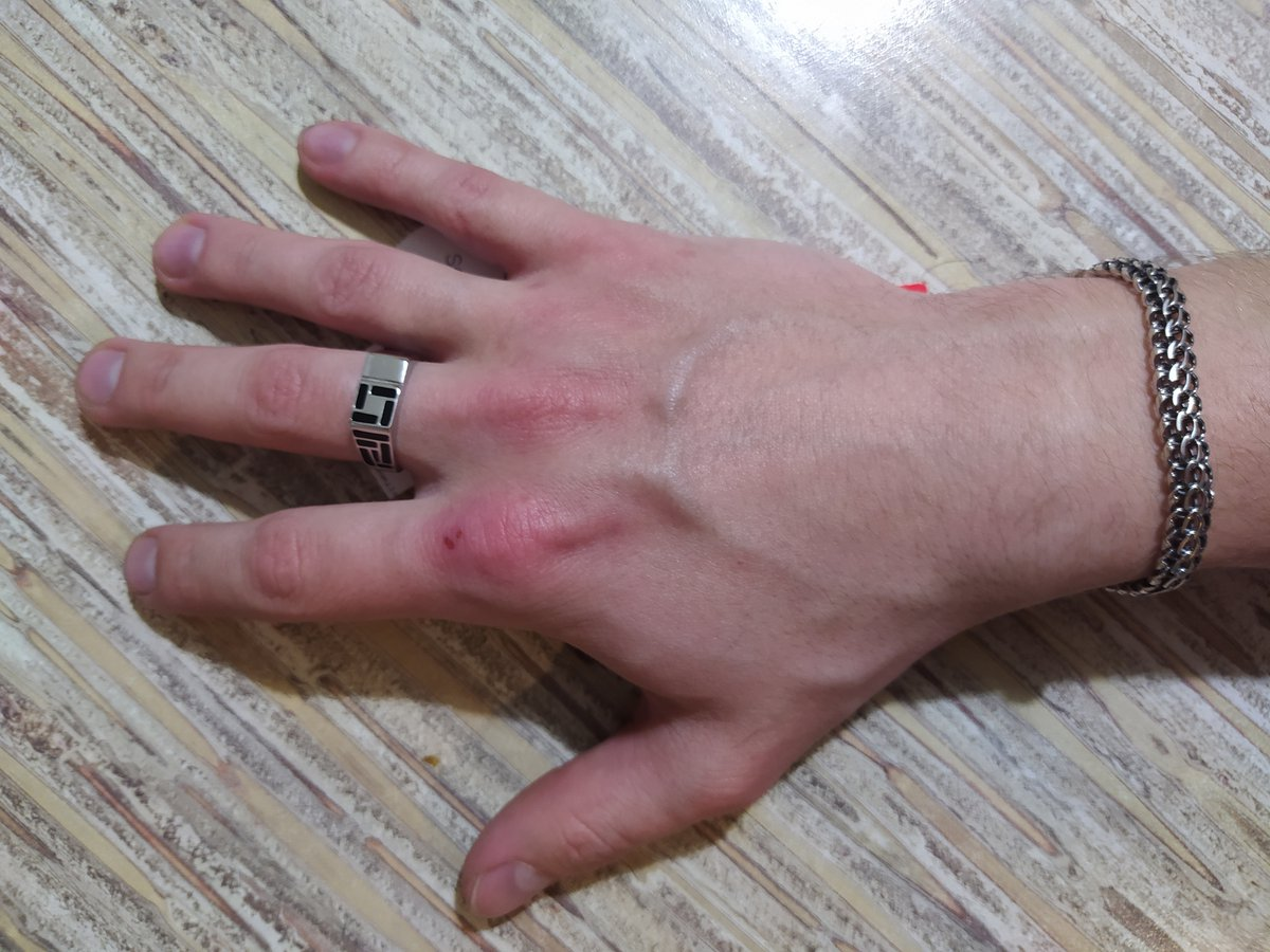 Кольцо печатка.