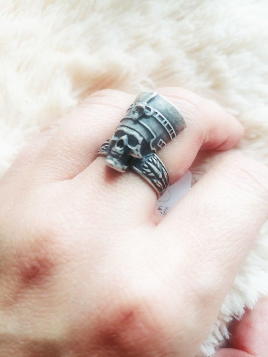 Кольцо с египетской тематикой