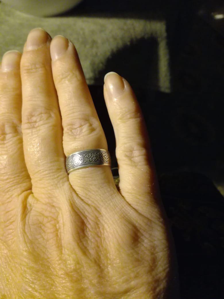 Серебряное кольцо с гравировкой  молитвы внутри