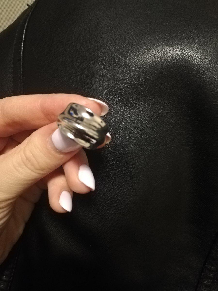 Очень удобное и красивое кольцо!