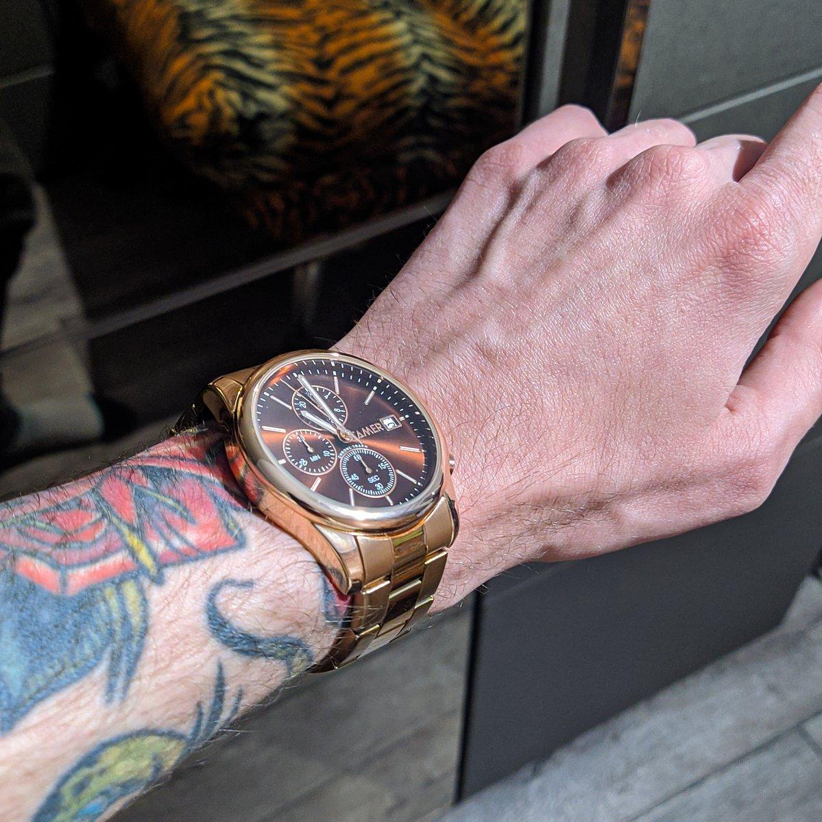 Стильные классические часы 🔥