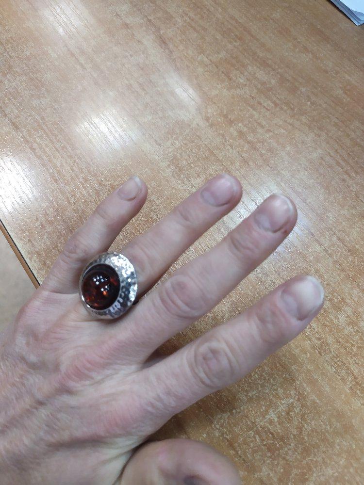 Перстень с янтарëм