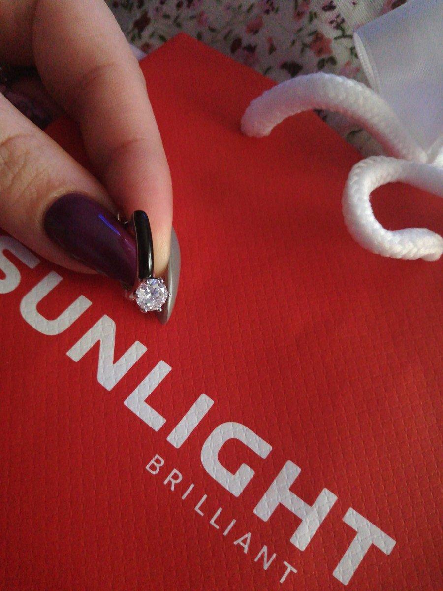 Прекрасные серьги, особенно с кольцом!