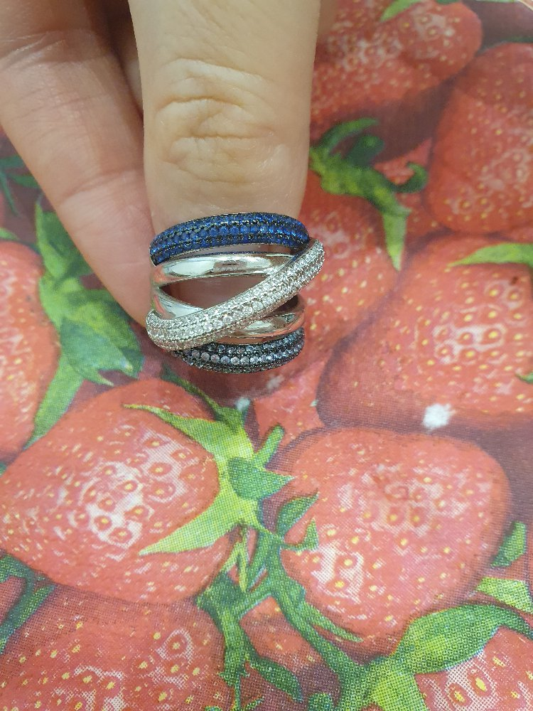 Я очень довольна)кольцо соответствует описанию и стоимости.