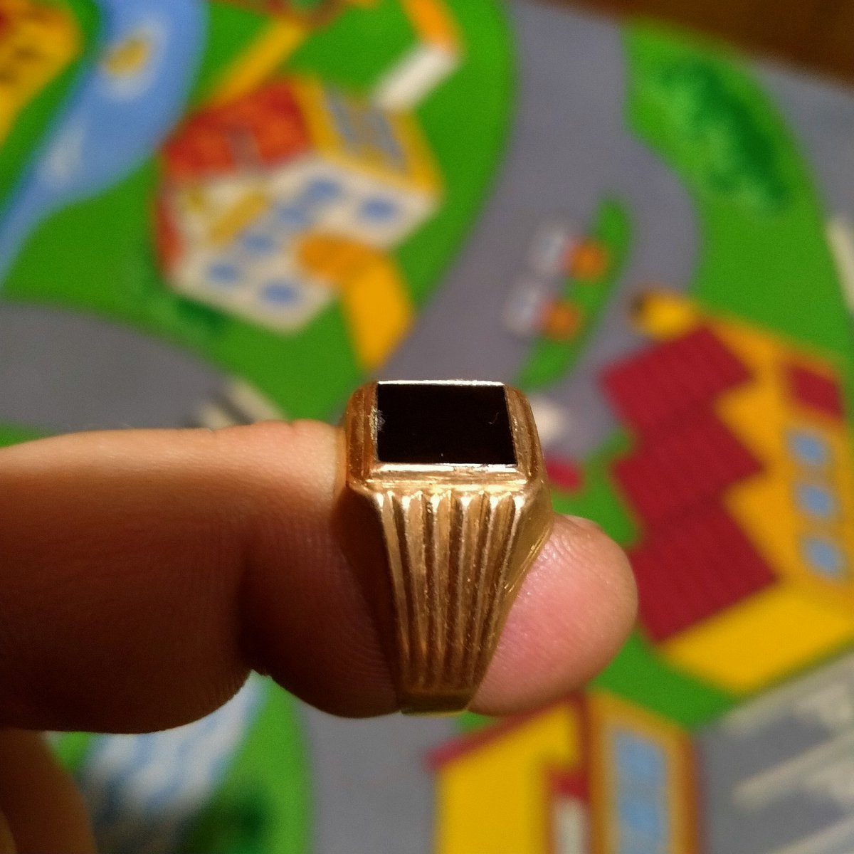 Кольцо с орлом.