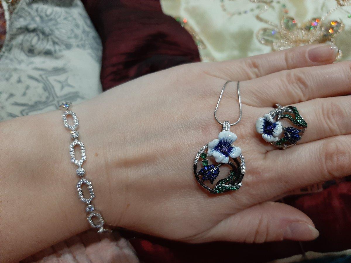 Кольцо с синим цветком