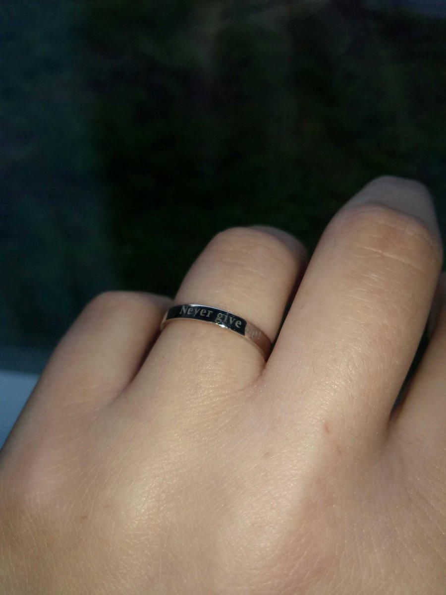 Потрясающие кольцо