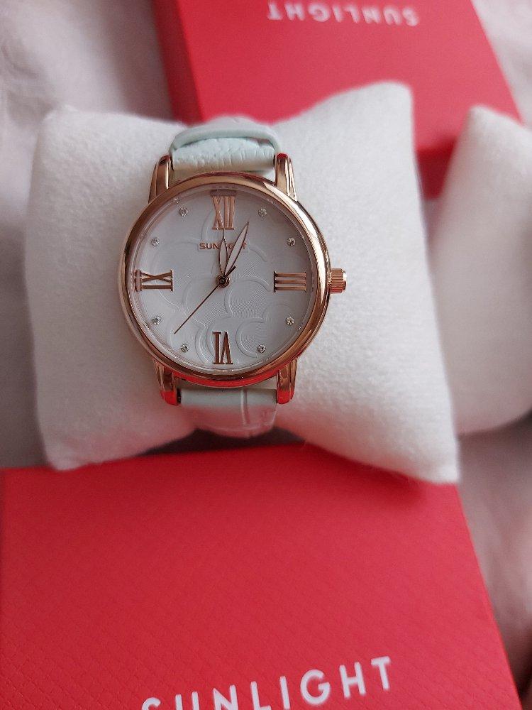 Очень понравились часы, как я и хотела на повседневное пользование