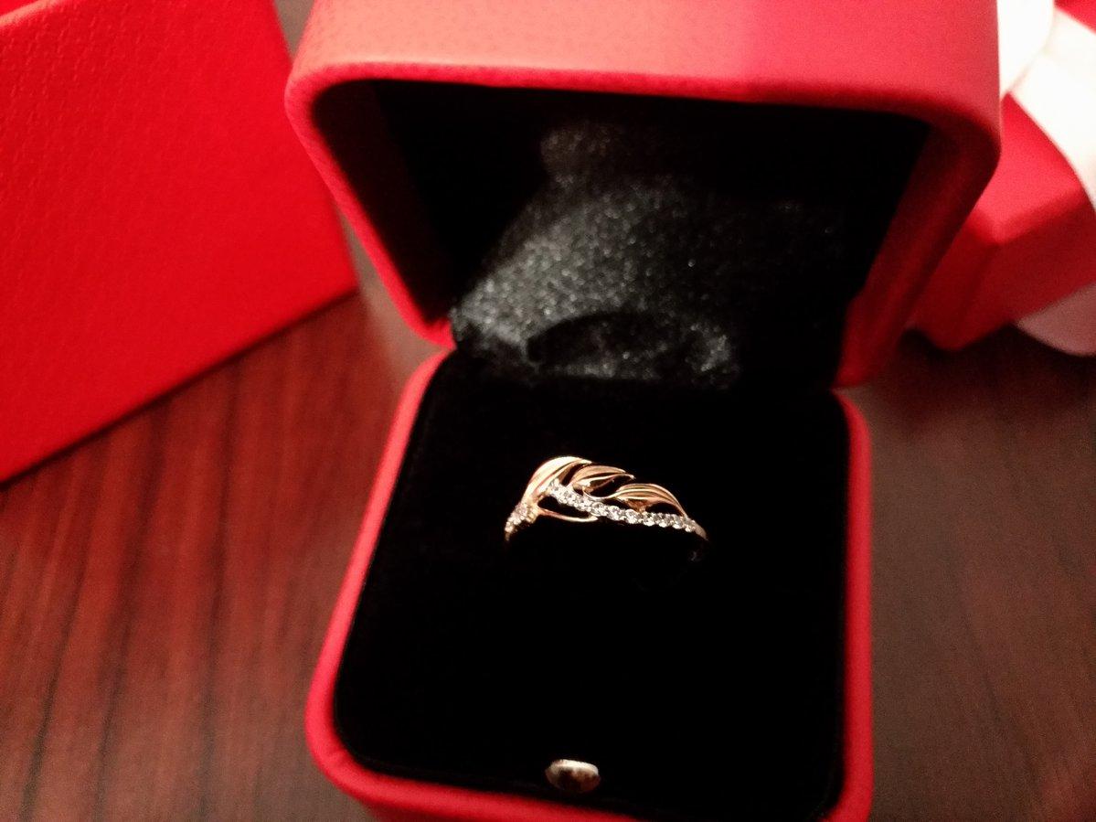 Кольцо в подарок на новый год!