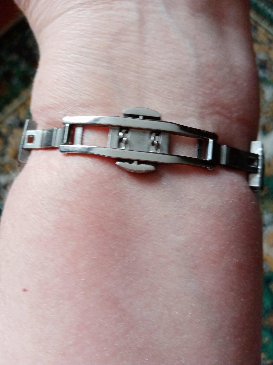 Давно хотела купить часы с механизмом фирмы seiko.