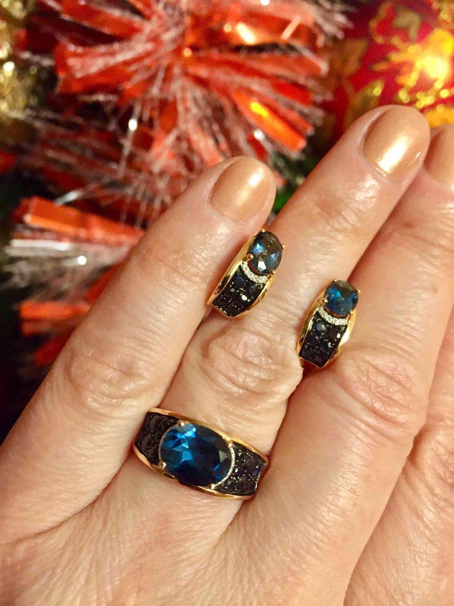 Золотые серьги с синим топазом и сапфирами