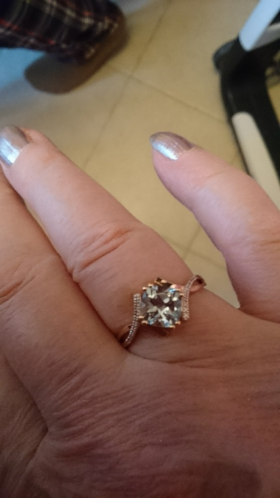 Кольцо с топазом и бриллиантами,покупалось комплектом