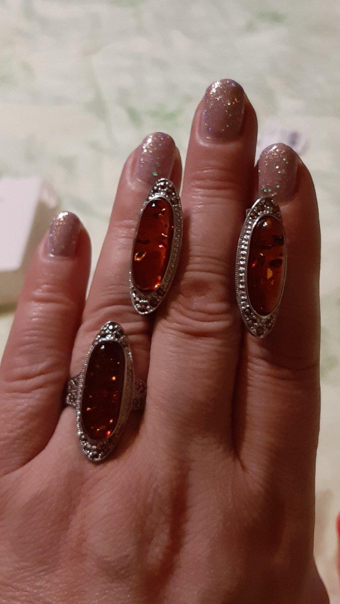 Серебряные серьги с марказитами и янтарем