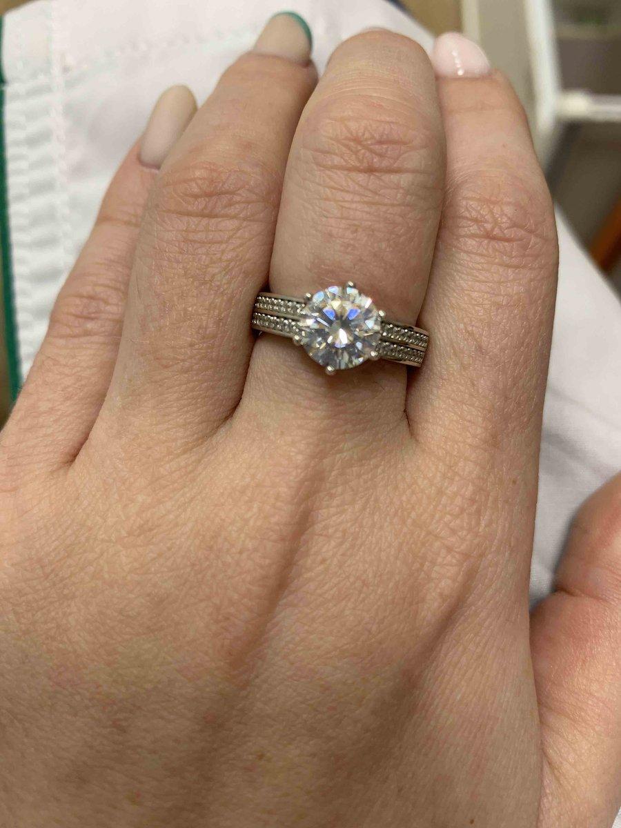 Кольцо которое не оставит равнодушным ни одну девушку