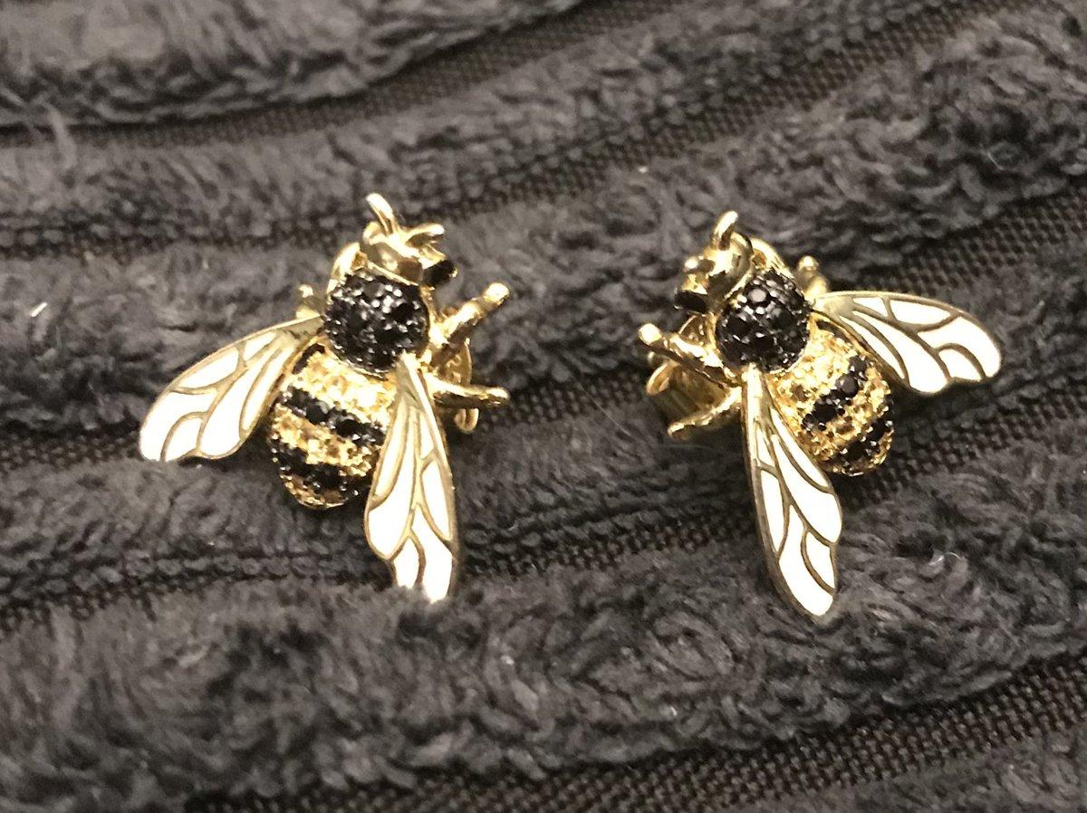 Пчелки, как настоящие!