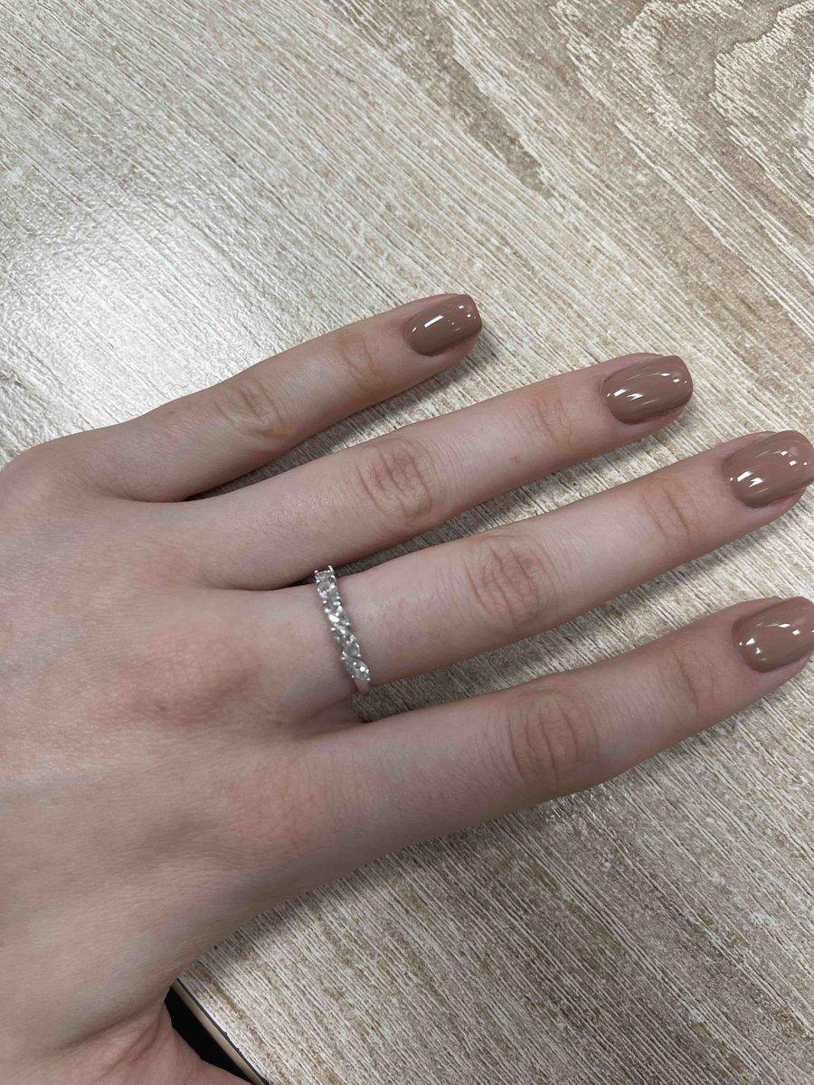 Кольцо очень минималистичное и аккуратное