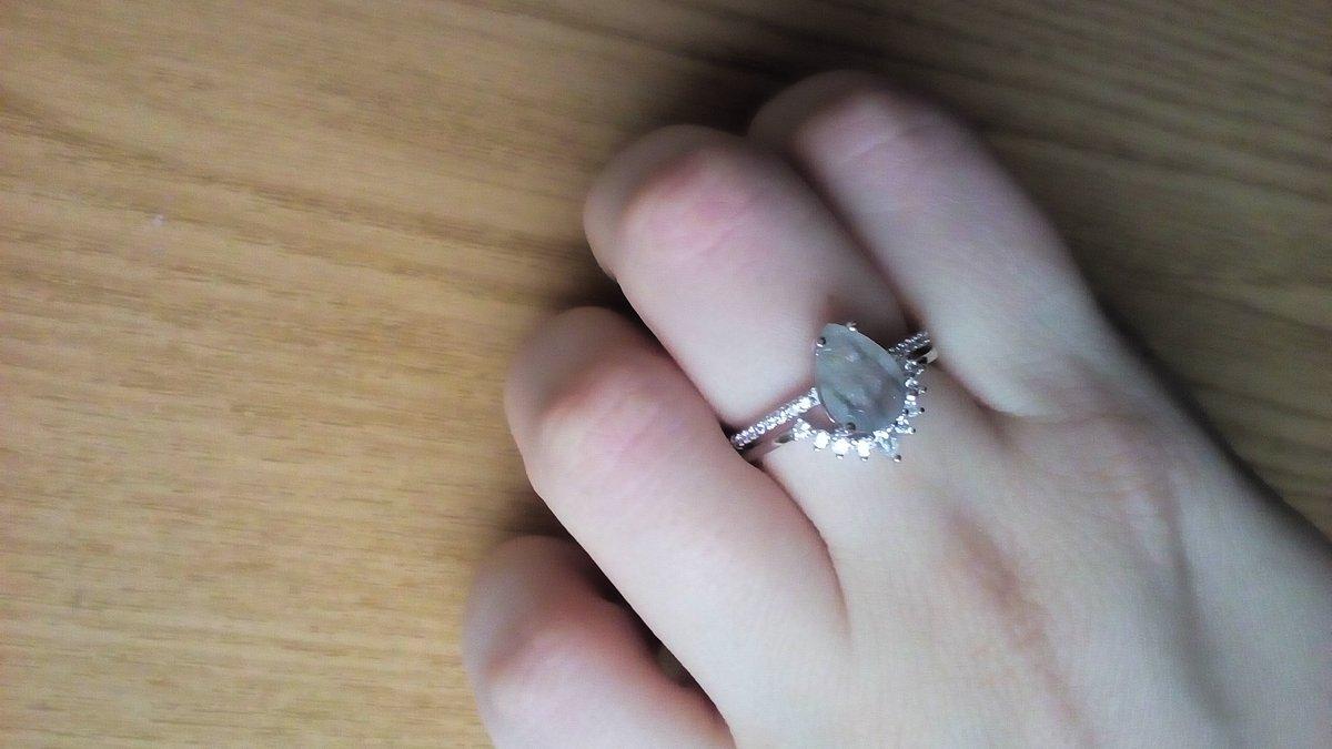 Серебряное кольцо с аметистом.