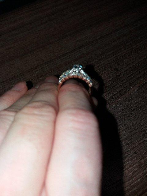 Золотое трио - кольца с фианитами из розового, белого и желтого золота