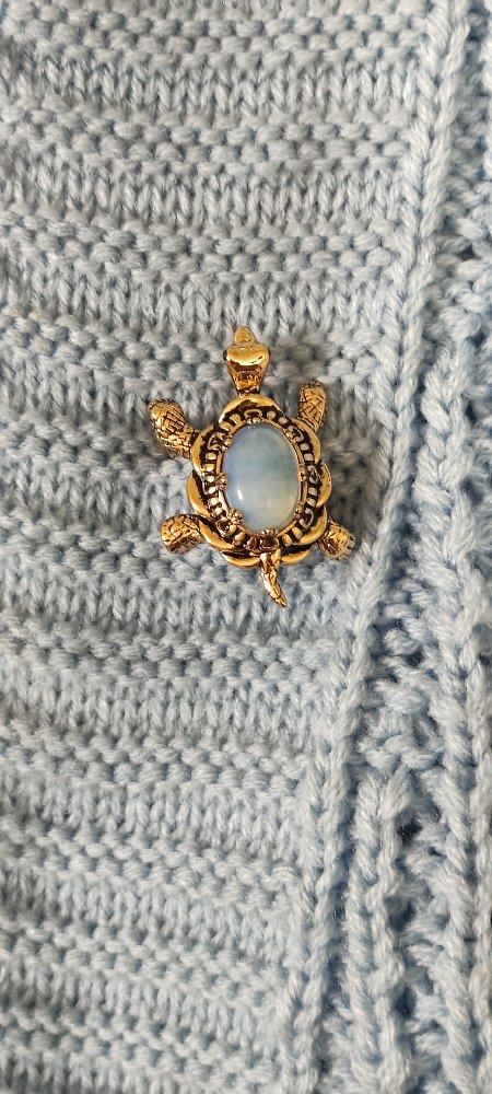 Черепашка с лунным камнем