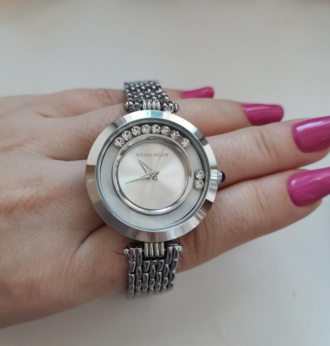 Часы с изюминкой