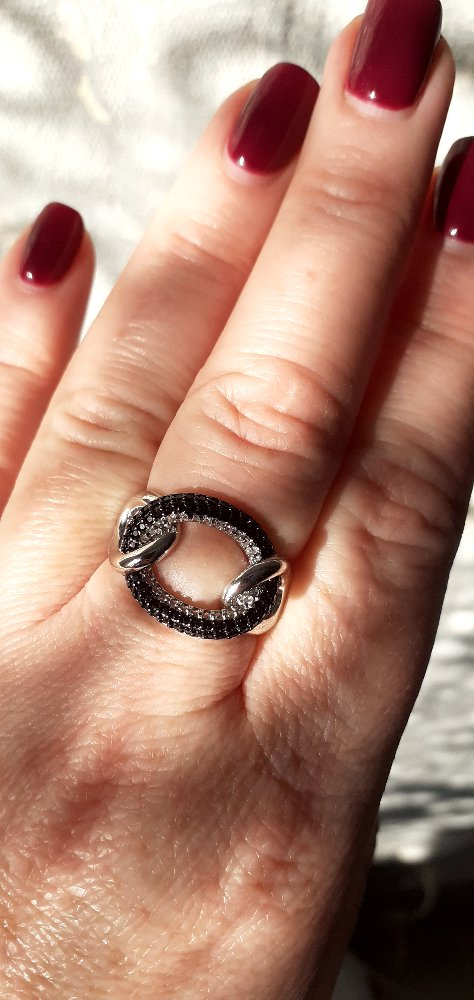 Кольцо прекрасно