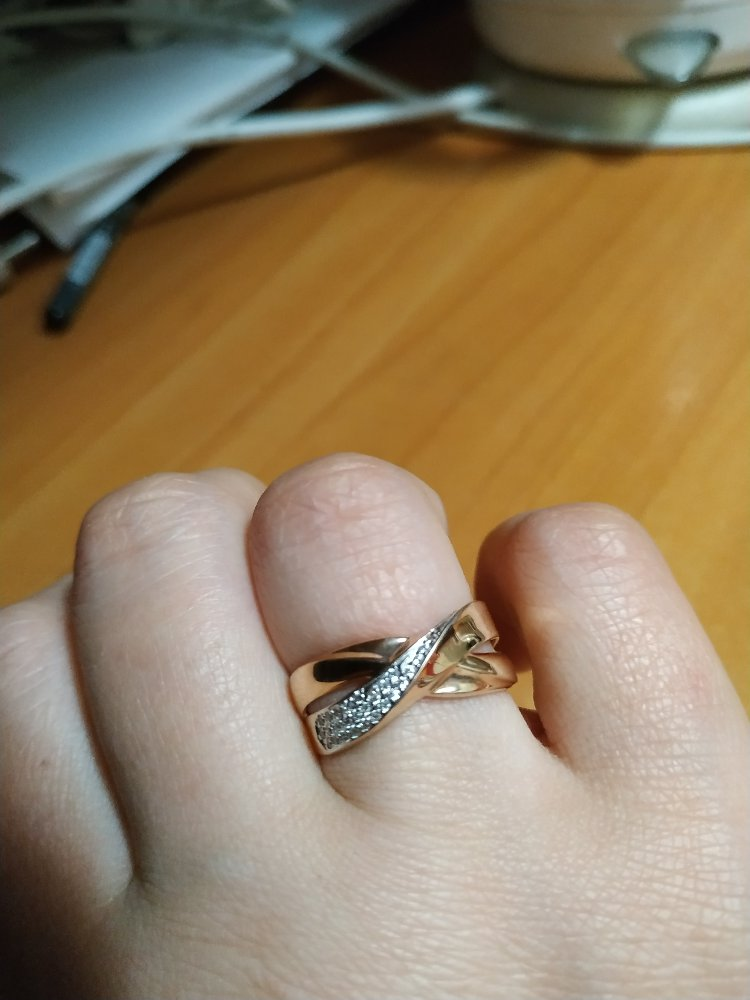 Шикарное кольцо за очень доступные деньги, а самое главное качество, дизайн