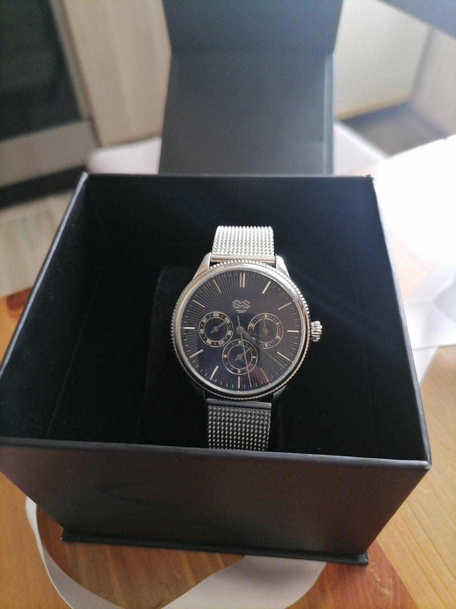 Часы с миланский браслетом