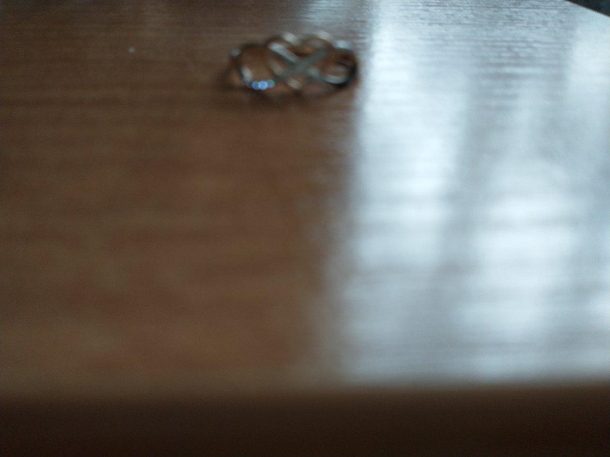 Кольцо бесконечность с фианитами и красивым , изящным сердечком.