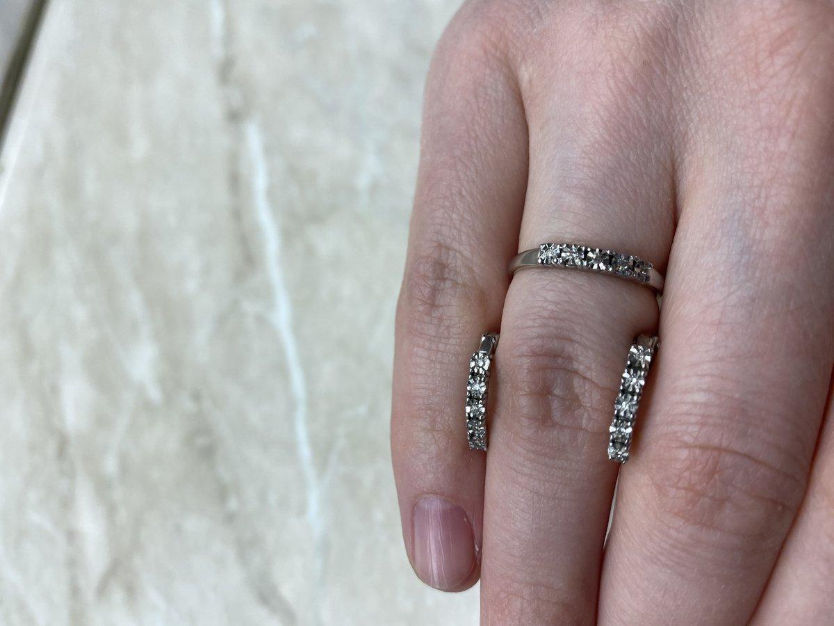 Бриллианты и серебро: необычно и стильно