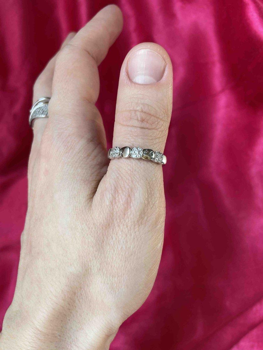 Неожиданно порадовало кольцо!