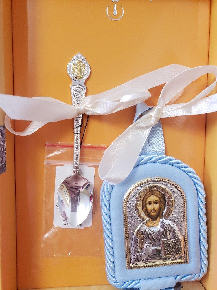 Отличный подарок как на крестины так и на рождение