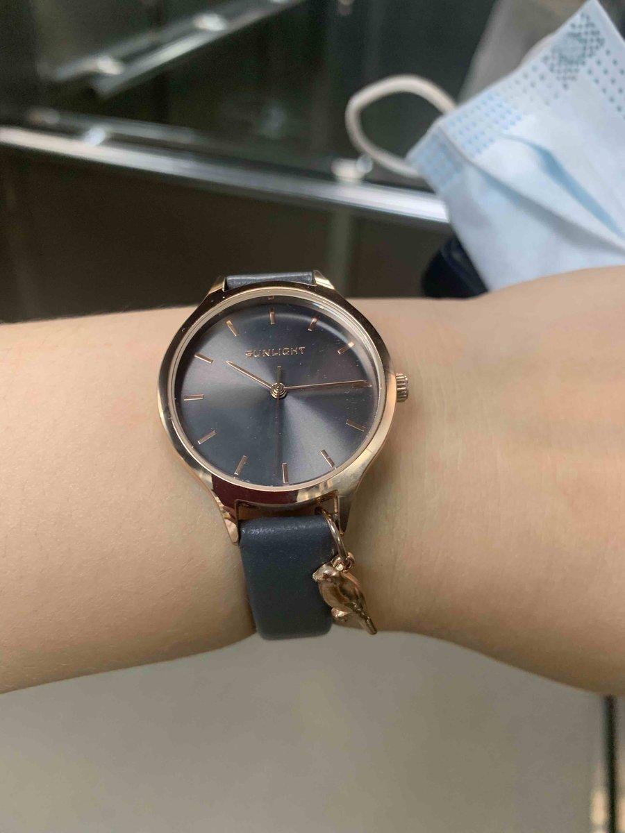 Очень красивые часы, которые подойдут к любому образу