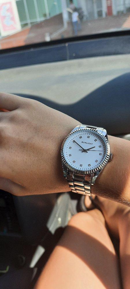 Отличные часы. Довольна покупкой