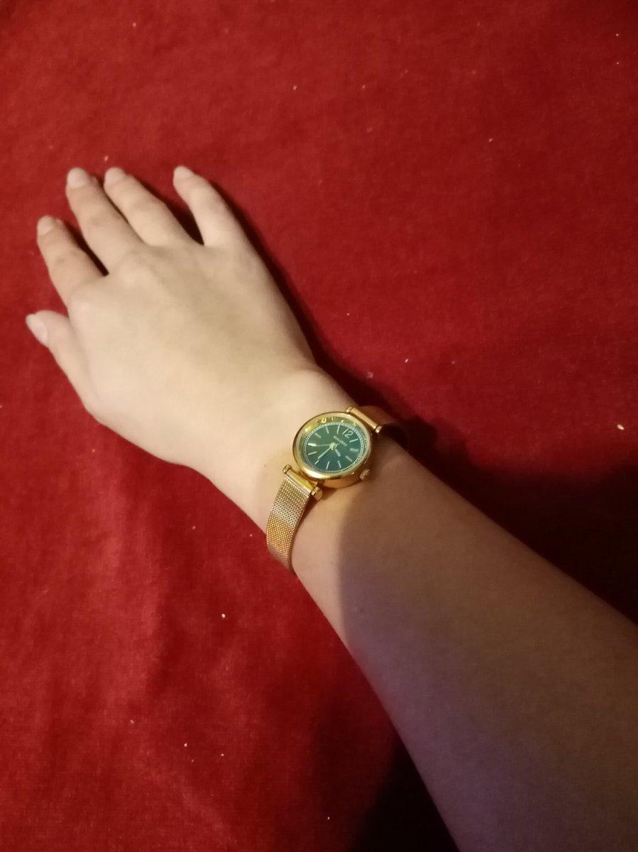 Часы-украшение