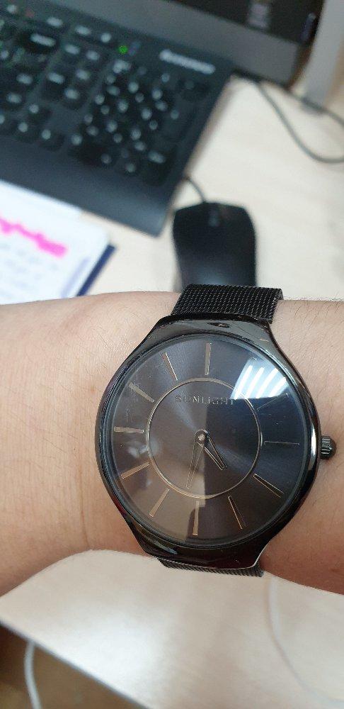 Чёрные часы.