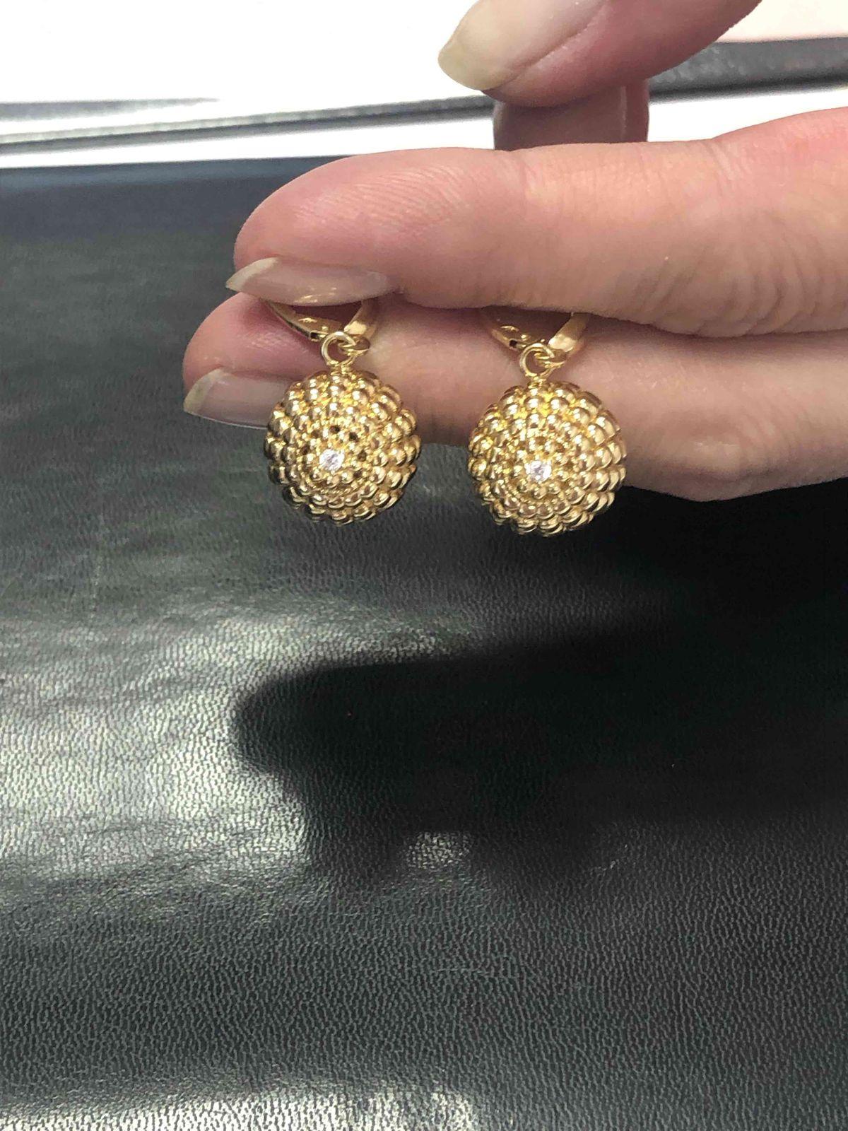 Золотые серьги из желтого золота