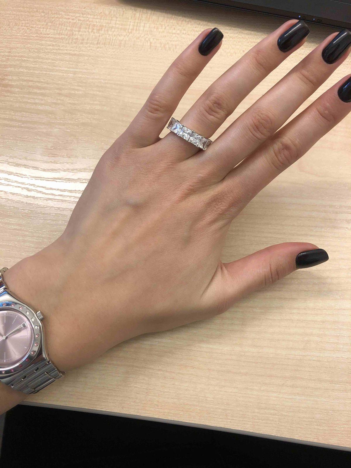 Давно хотела , купила к серьгам кольцо