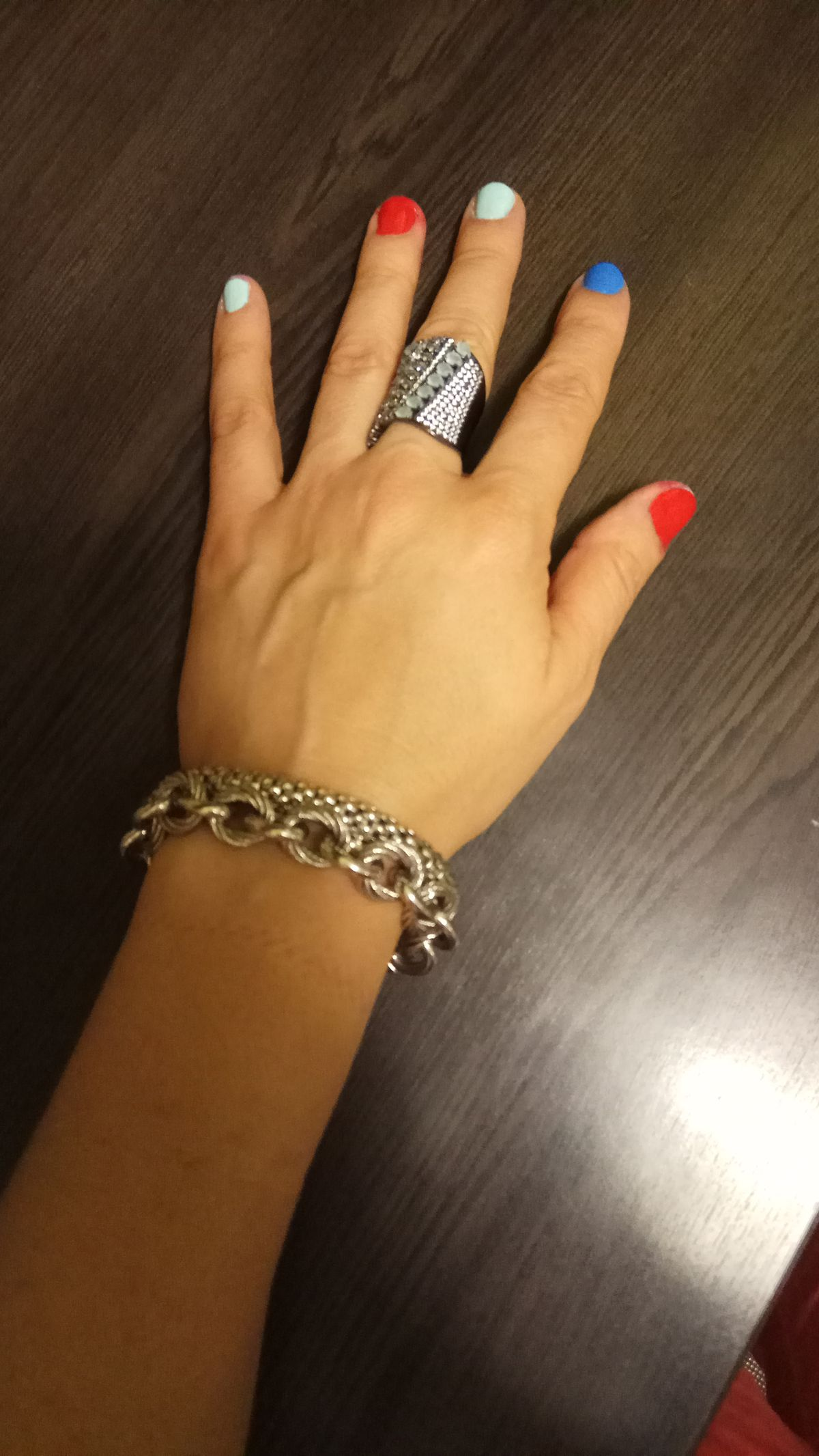 Красивое, оригинальное кольцо.