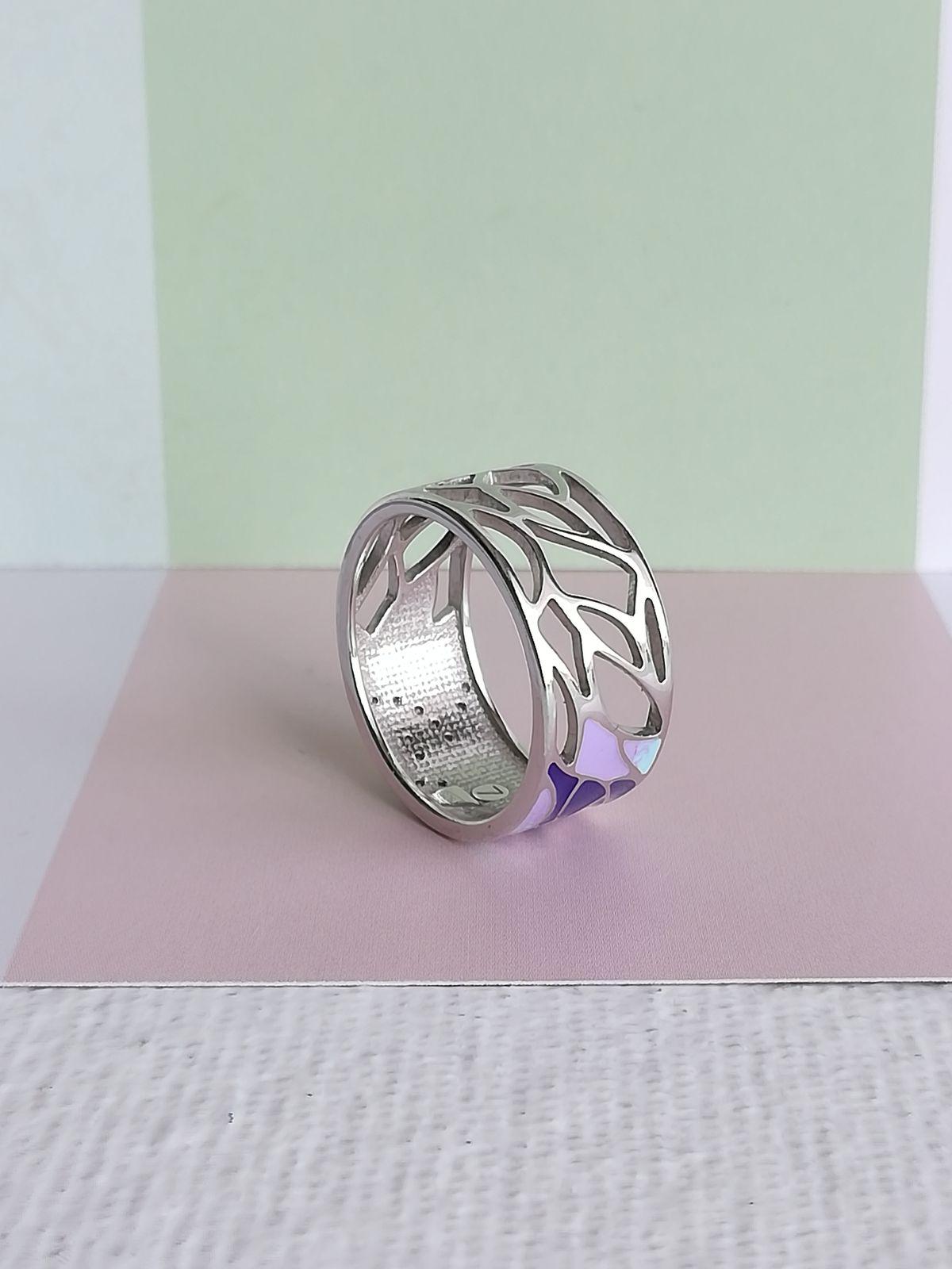 Необычный дизайн кольца