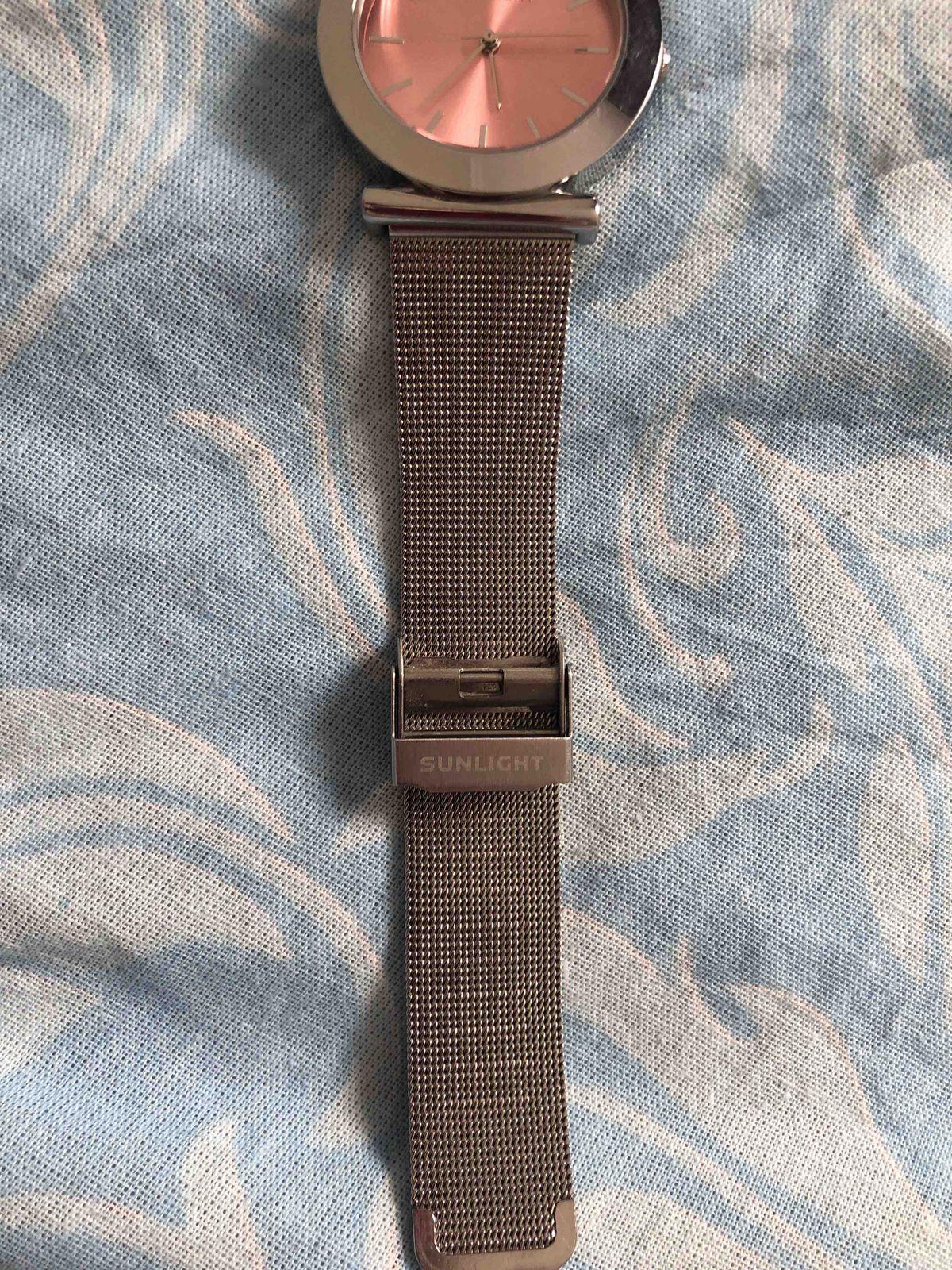 За такую цену, часы