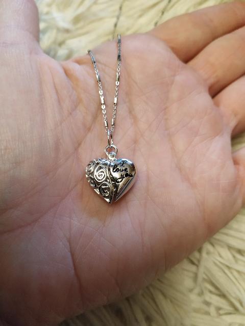 Красивая подвеска сердце