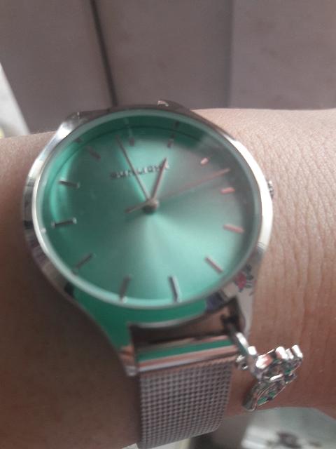 Самые идеальные часы)