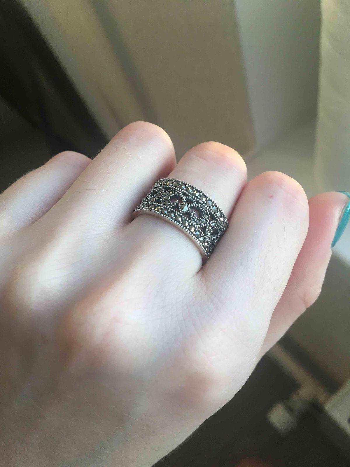 Очаровательное винтажное кольцо!!!