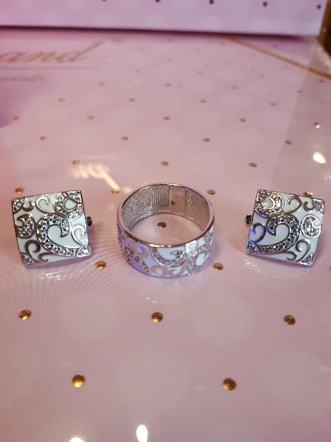 Кольцо Соколов, эмаль, фианиты.